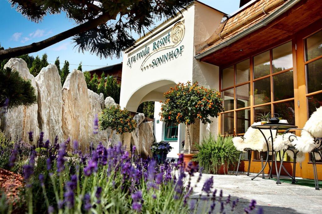 european ayurveda resort sonnhof von außen, außenansicht hotel